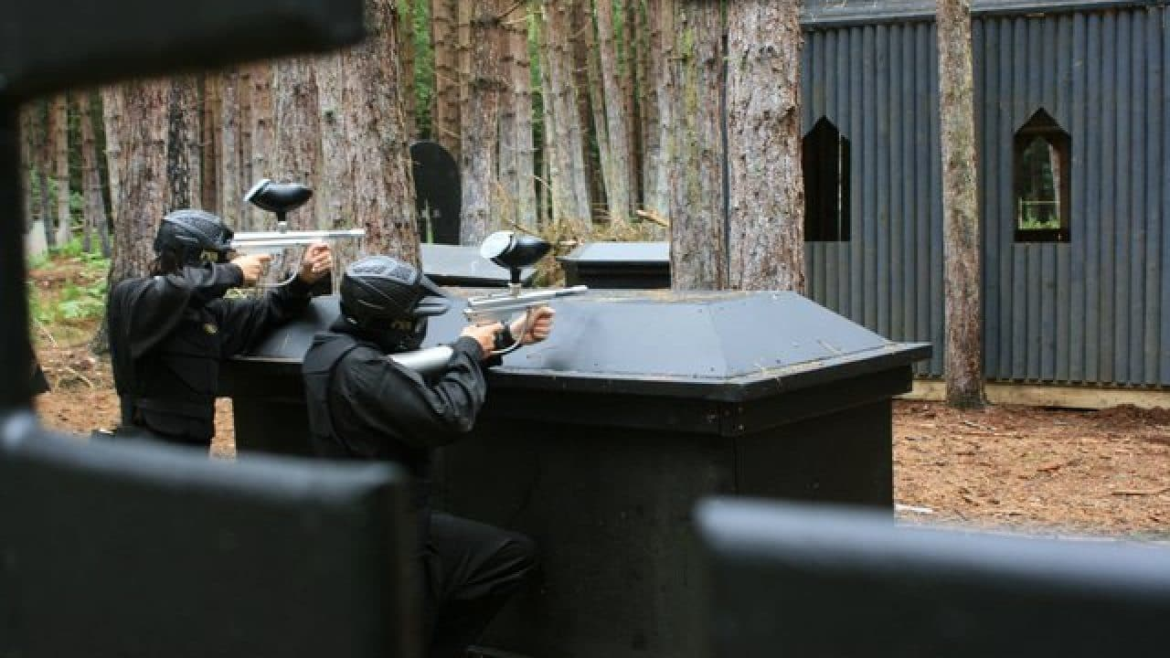 Delta Force Players Using Coffin For Cover Haunted Graveyard