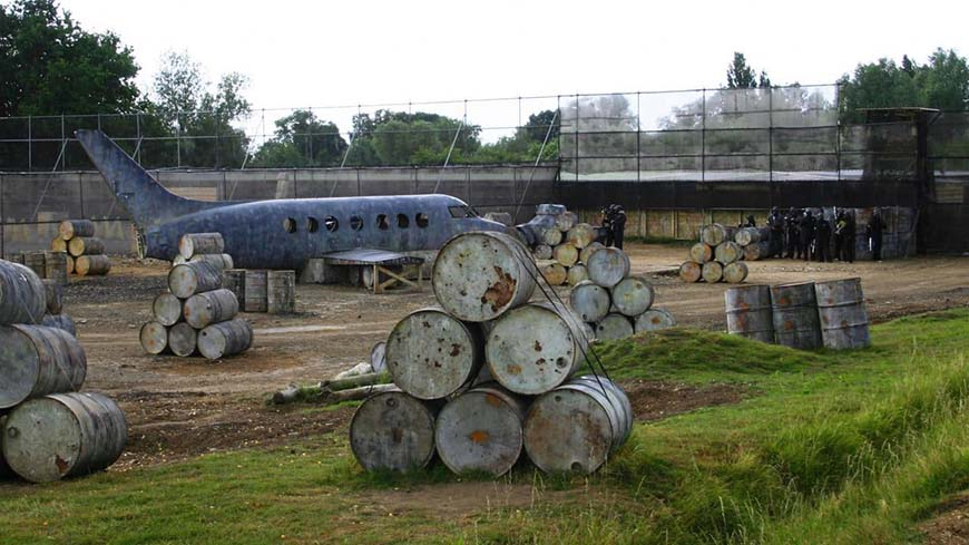 Barrels And Plane In Hijack Jet Game Zone