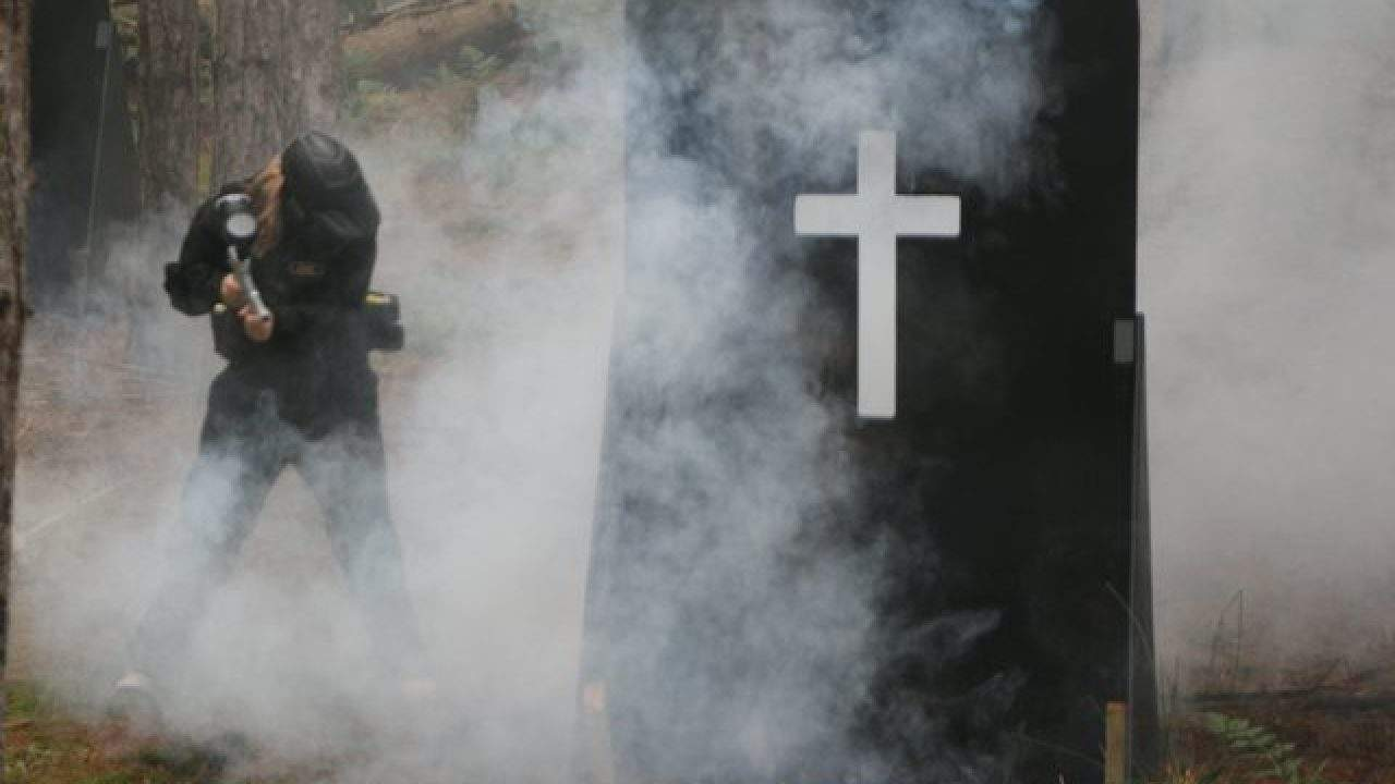 Delta Force Player In Smoke Stood By Grave Stone