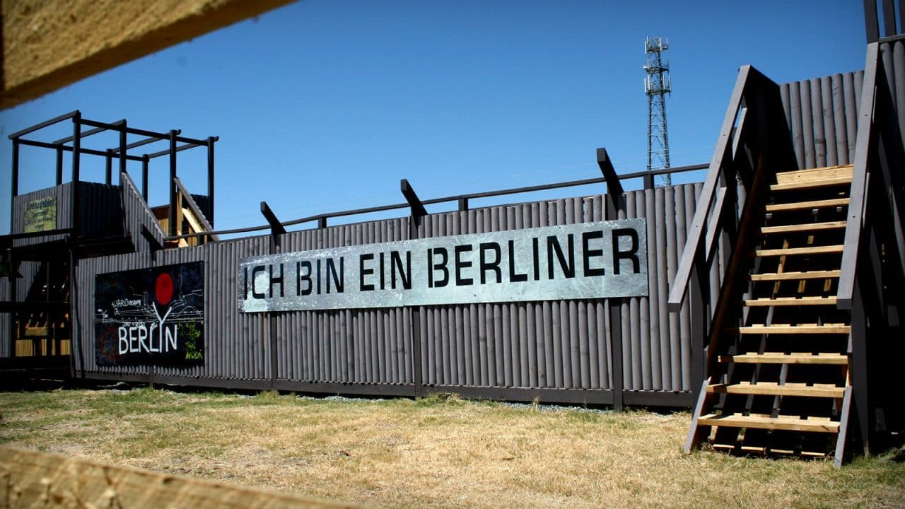 Delta Force Model Berlin Wall Game Zone