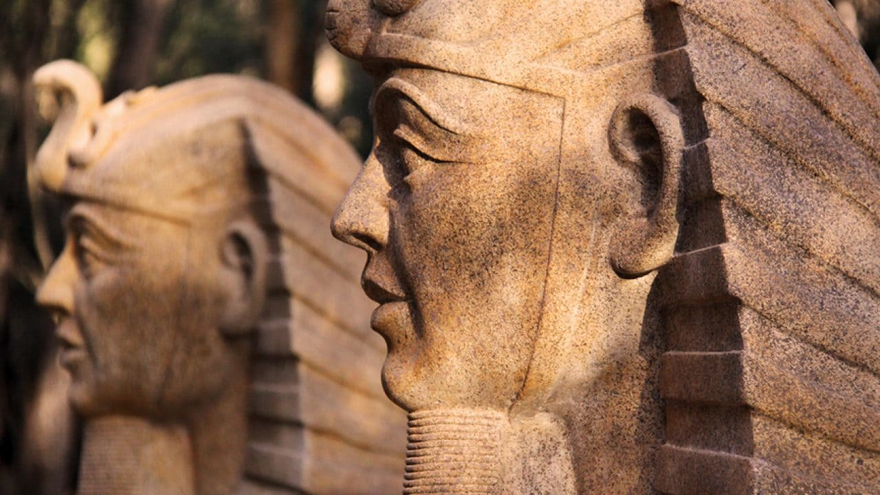 The faces of the game-zone's two sphinx statues