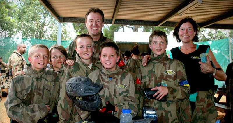 Family In Delta Force Paintball Kit