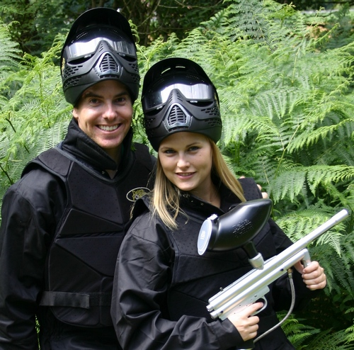 Couple's paintballing