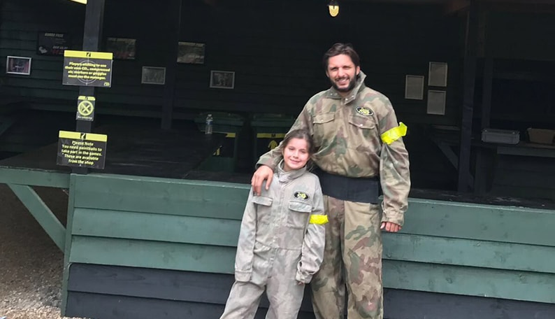 boom-boom-shahid-afridi-at-delta-force-paintball-southampton-centre