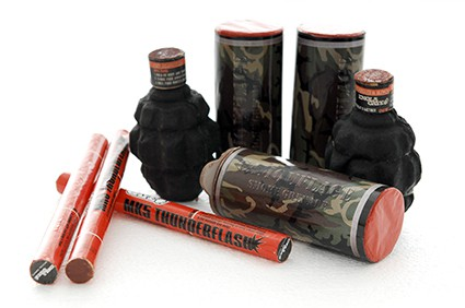 Paintball pyrotechnics - paint/smoke grenades, MK5 Thunderflash
