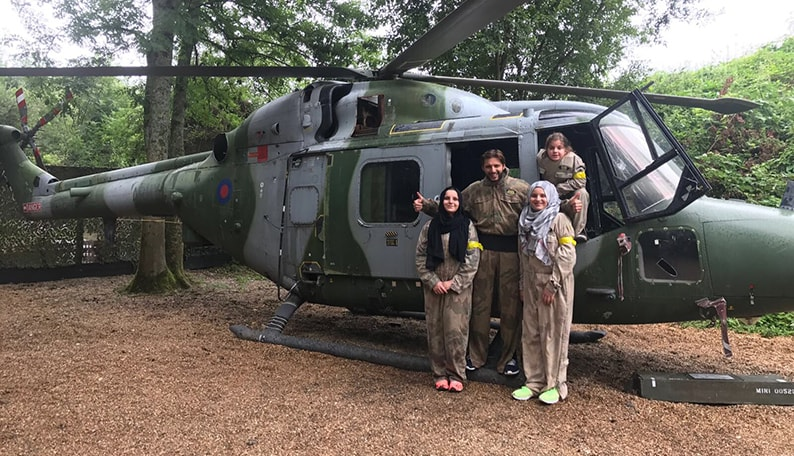 Shahid Afridi and family in Black Hawk helicopter