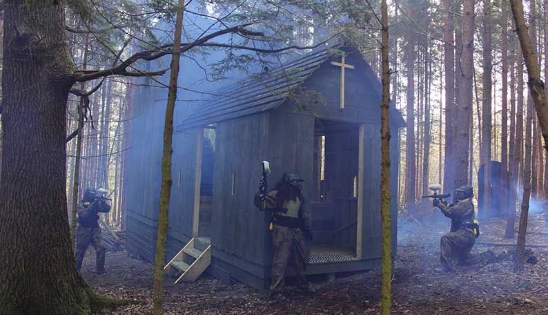 Zombies crypt paintballing Billericay